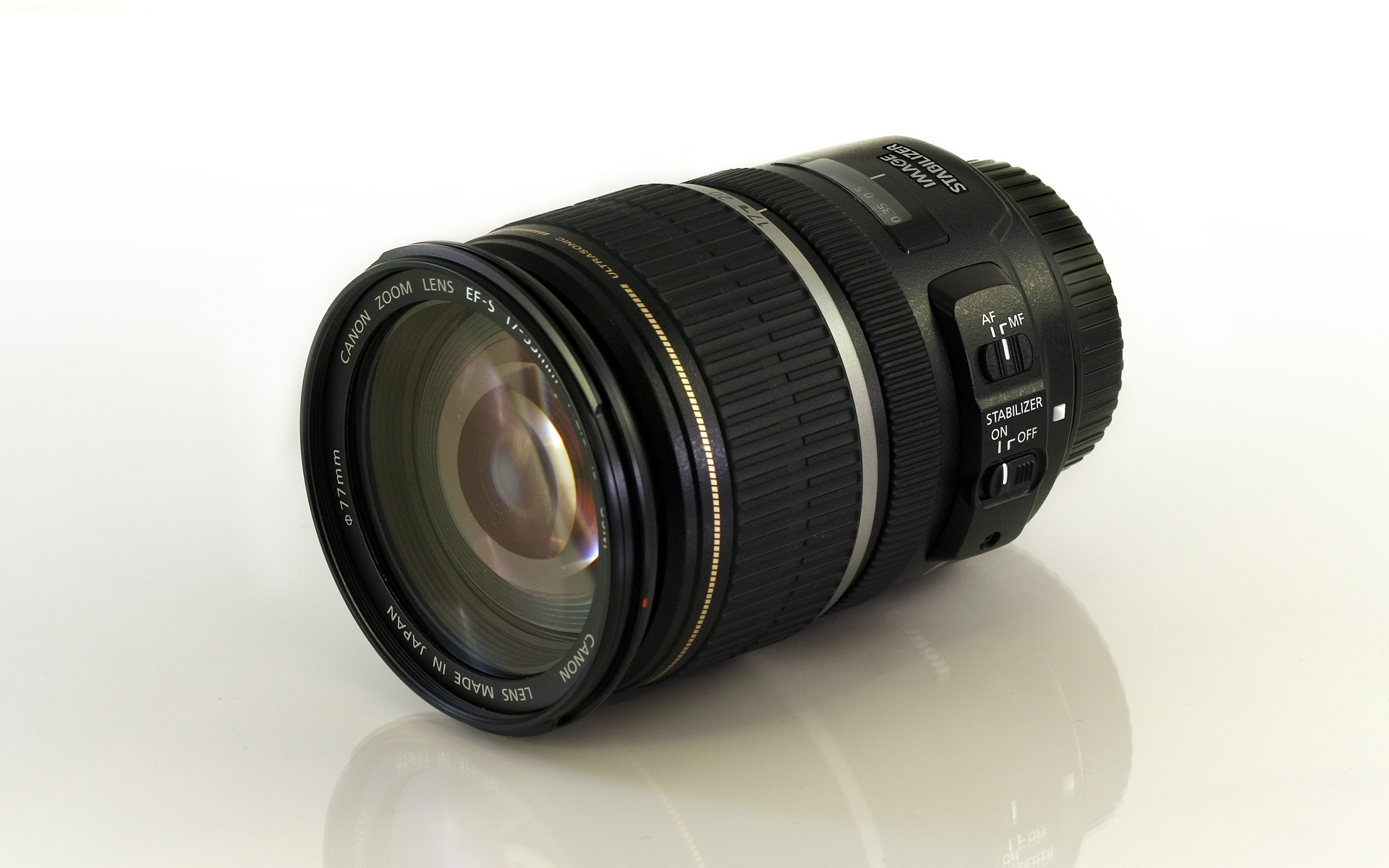 Canon_EF-S_17-55mm